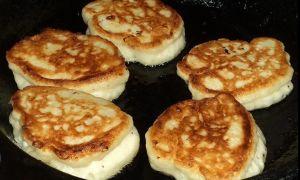 Рецепт оладий на кефире с кипятком